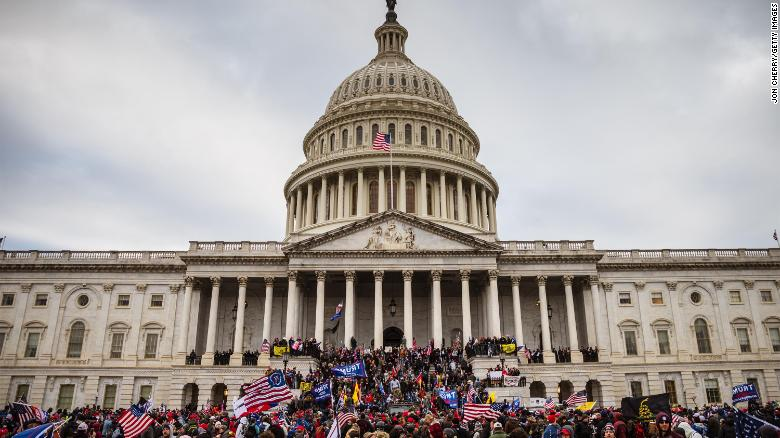 US Capitol Police officer allegedly told units to only monitor for 'anti-Trump' protesters on January 6