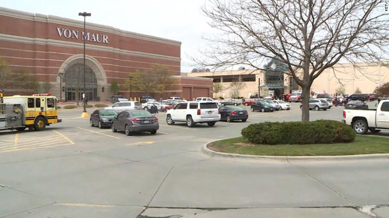 One killed, one wounded in shooting at a Nebraska mall