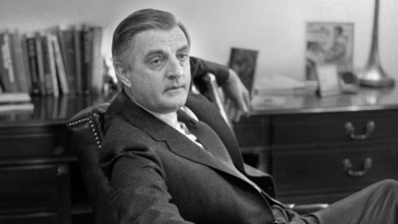 Mondale gives an interview on December 12, 1983.