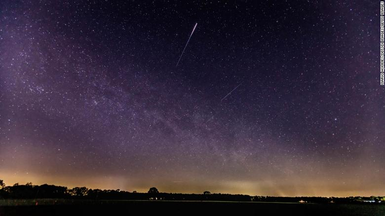 Lyrid meteor shower peaks April 22. Here's how to watch the night sky