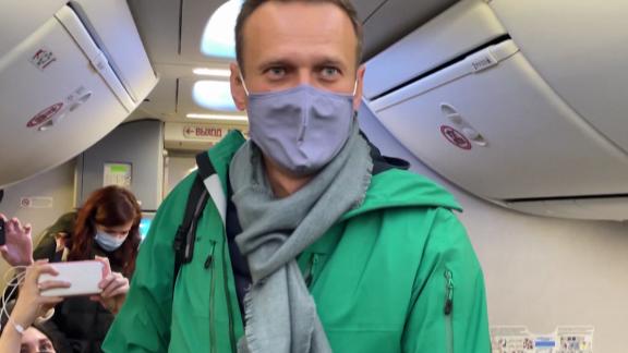 alexey navalny russia health vladimir putin Kiley pkg intl ldn vpx_00012003.png