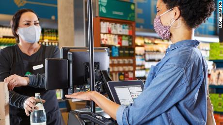 برخی از مشتریان Whole Foods به زودی می توانند با کف دست خود پرداخت کنند.