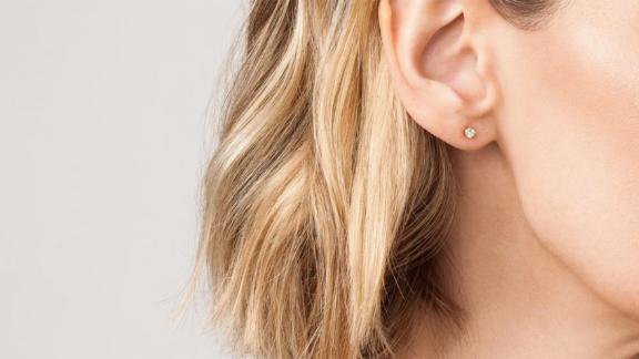 Aurate Diamond Stud Earrings