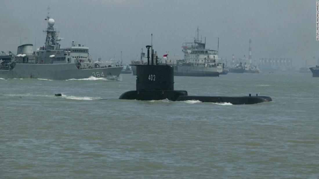 Indonesia: Missing Indonesian submarine has enough oxygen for crew by Saturday, says Navy