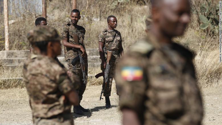 Etioopia armee üksused patrullivad Põhja-Etioopia Tigray piirkonna pealinna Mekelle tänavatel 7. märtsil 2021.