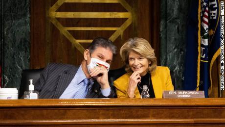 Democratic Sen. Joe Manchin endorses GOP Sen. Lisa Murkowski for reelection