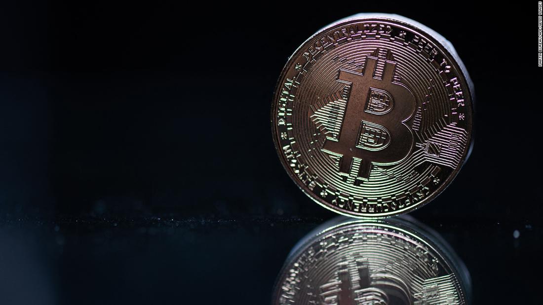 trader bitcoin in fuga cnn btc prezzo simbolico