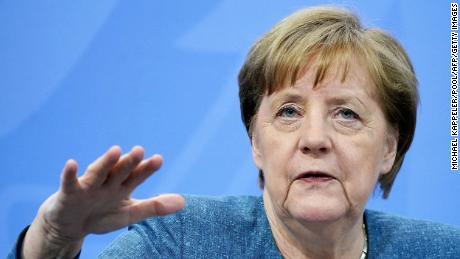 Merkel deu uma mão firme em casa e no exterior, mas os alemães agora devem decidir sobre seu sucessor.