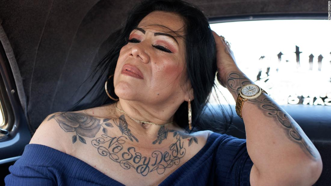 Images of LA lowriders show dazzling cars and tenacious women