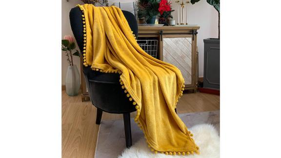 Lomao Flannel Throw Blanket