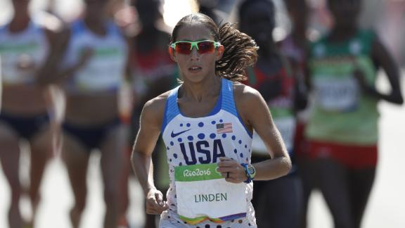 USA's Desiree Linden competes in the Women's Marathon during the athletics event at the Rio 2016 Olympic Games at Sambodromo in Rio de Janeiro on August 14, 2016.   / AFP / Adrian DENNIS        (Photo credit should read ADRIAN DENNIS/AFP via Getty Images)