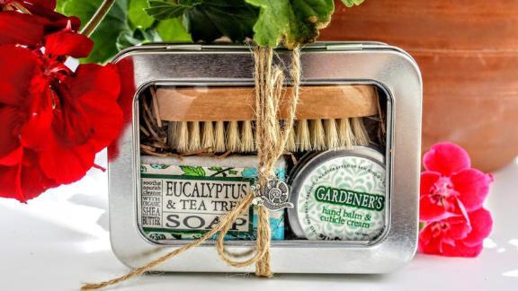 WildVioletta Gardener's Gift Set