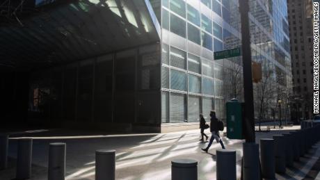 Goldman Sachs veut que ses travailleurs américains reviennent au bureau le mois prochain