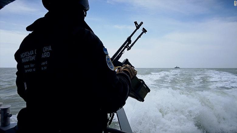 Rare access to Ukrainian patrol boat challenging Russian navy