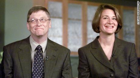 Bill et Melinda Gates ont annoncé la création du programme de bourses d'études Gates Millennium.