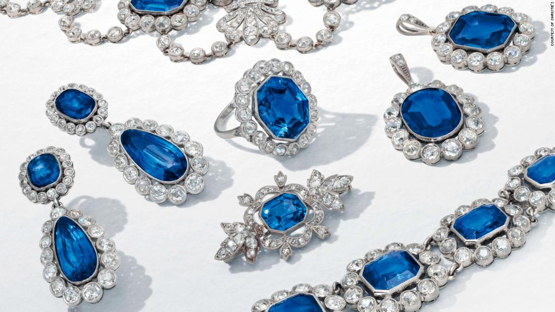 Rare jewels given to Napoleon's daughter fetch over $1.6M