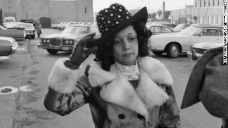 """Linda Taylor, 47, the inspiration for Reagan's """"Welfare Queen,"""" leaves court in 1976 in Chicago following her arraignment on a 31-count indictment involving her alleged receipt of illegal welfare benefits, medical assistance, food stamps, and Social Security & Veteran's benefits. She died in 2002."""