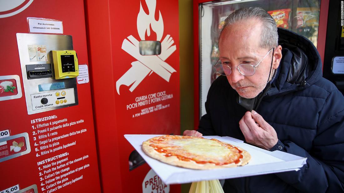 Rome debuts hot pizza vending machine