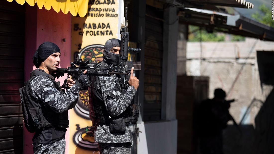 25 killed in Rio de Janeiro drug raid – CNN