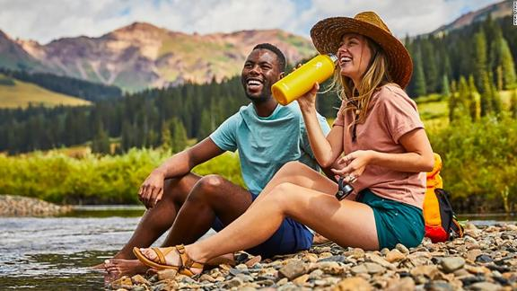 Hydro Flask 32-Ounce Wide-Mouth Water Bottle