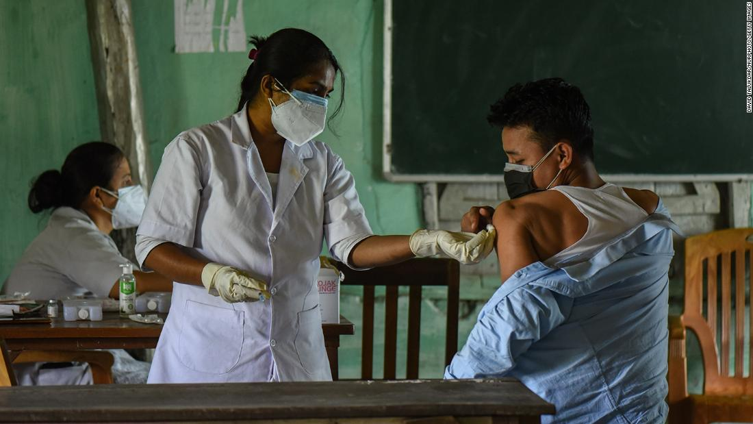 India delivers 1 billion vaccine doses, but fight isn't over yet