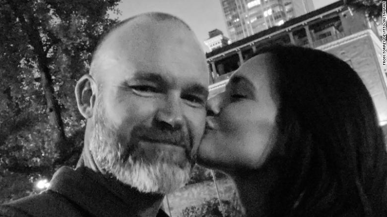 Actress Torrey DeVitto and Chicago Cubs manager David Ross make their relationship official