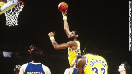 Abdul-Jabbar in action against the Golden State Warriors in 1982.