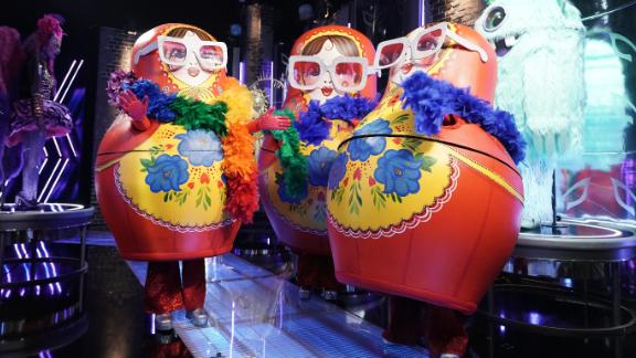 """THE MASKED SINGER: Russian Dolls in """"The Quarter Finals - Five Fan Favorites!"""" episode of THE MASKED SINGER airing Wednesday, May 12 (8:00-9:00 PM ET/PT), © 2021 FOX MEDIA LLC. CR: Michael Becker/FOX."""