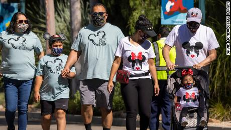 Pediatrician: For the sake of children, keep wearing your mask