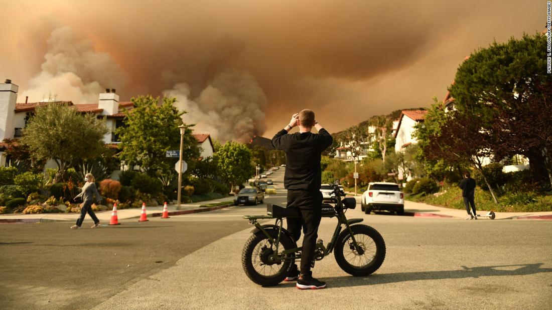 Mandatory wildfire evacuations ordered for parts of Los Angeles County