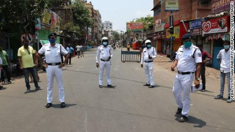 Indian Police at the Naka Cheking Point after West Bengal government announced a 15-day lockdown to curb the spread of the Covid-19 coronavirus, in Kolkata on May 16, 2021.