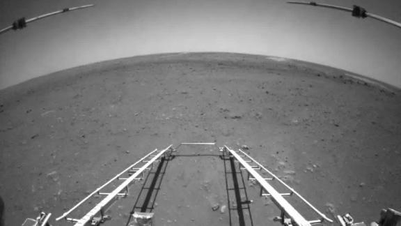 On May 19, China released the first images taken by its Mars rover Zhurong. This is the flat landing area at Utopia Planitia on Mars and the descending track towards the surface.