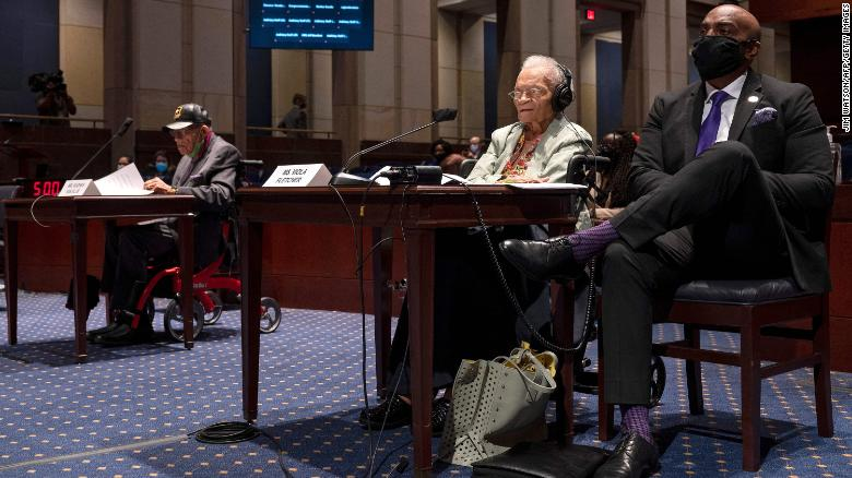 Tulsa massacre survivor at 107 years old testifies that the horror of that day never goes away