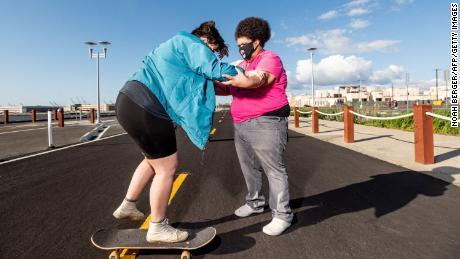 This skateboard club helps plus size riders push body positivity forward