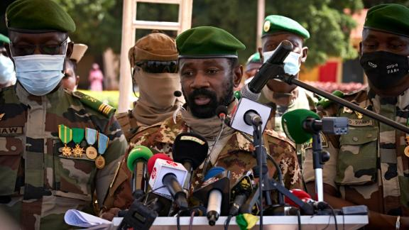 Colonel Assimi Goita (C) addresses the press during the ceremony of the 60th anniversary of Mali's independence in Bamako, on September 22, 2020.