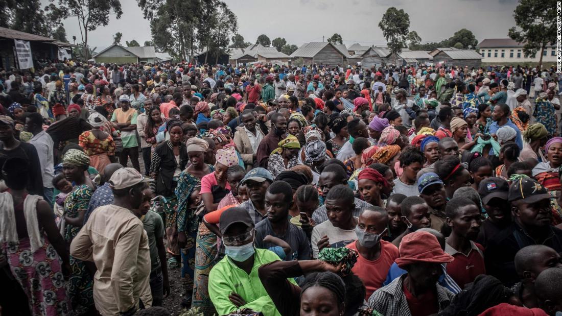 Volcan du mont Nyiragongo: 400000 personnes fuient Goma après que les autorités ont averti d'une deuxième éruption