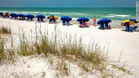 Top 10 beaches in the United States, 2021 from Dr.Beach