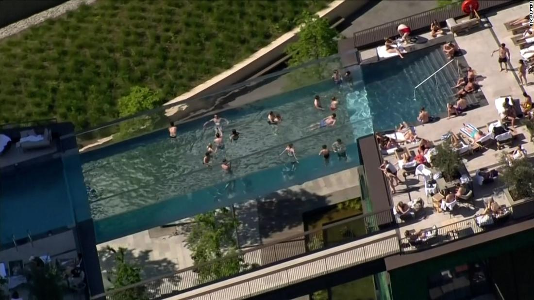 London swimming pool suspended 115 feet in the air