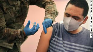 Average daily pace of newly administered Covid-19 vaccines falls below 1 million, CDC data shows