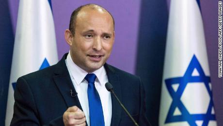 Naftali Bennett prononce une déclaration politique à la Knesset à Jérusalem, le 30 mai 2021.