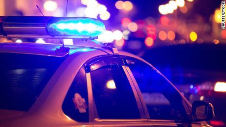 Hơn một chục thành phố thúc đẩy giảm thiểu hoặc thậm chí loại bỏ sự hiện diện của cảnh sát tại các cuộc gọi sức khỏe tâm thần