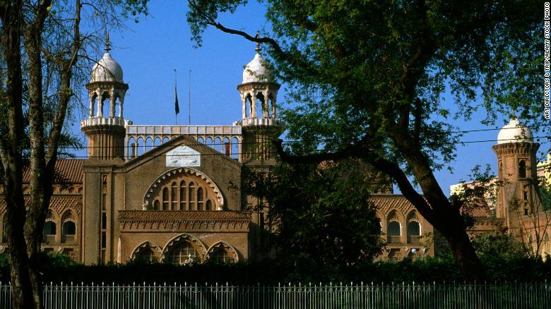 Pakistani court overturns death row Christian couple's blasphemy conviction