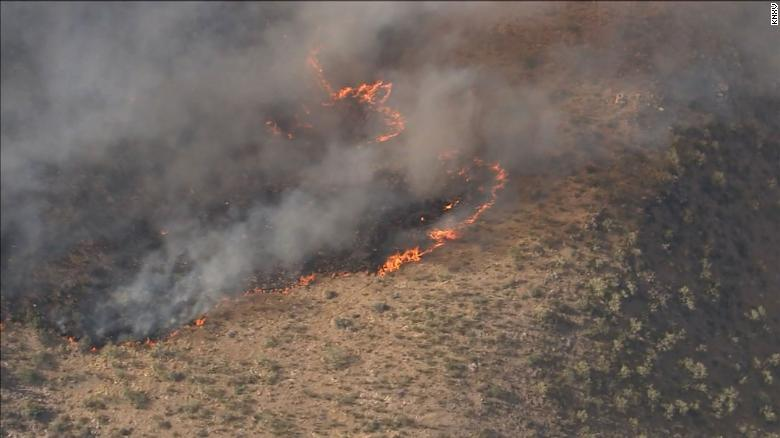 2 wildfires in Arizona force evacuations and burn tens of thousands of acres