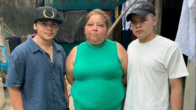 Griselda Argueta Argueta, with Celin Adolfo Perez Argueta (right) and Gerardo Alexis Perez Argueta (left)