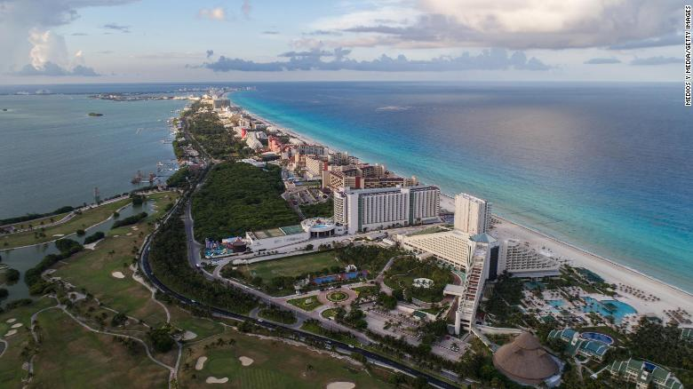 US deploys border authorities to Cancun to spot migrants posing as tourists, sources say