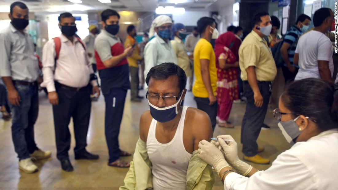 Women are falling behind in India's Covid-19 vaccination drive