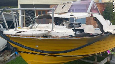 Adolescent dans un état critique après avoir violé les terres des baleines sur un bateau de pêche
