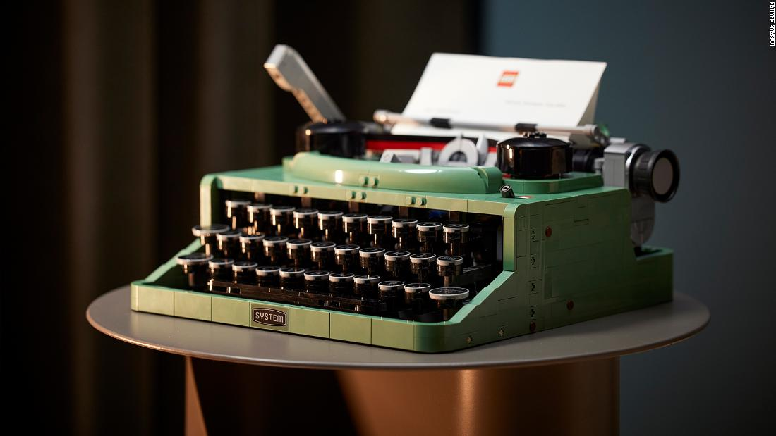 LEGO releases 2,000-piece typewriter -- and it actually moves