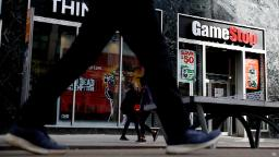 GameStop gets a new CEO and CFO, both from Amazon