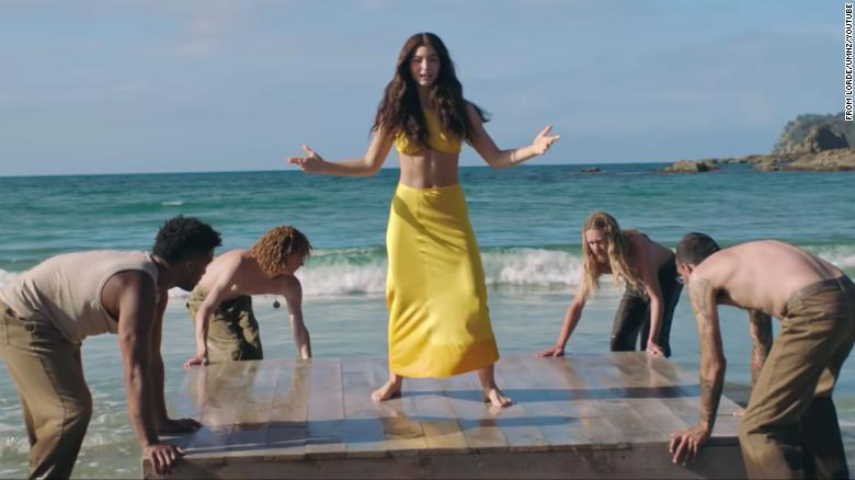 Lorde drops 'Solar Power' video